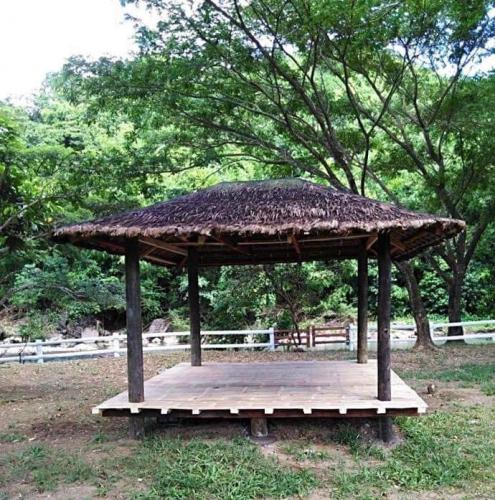 camp reynon gazebo
